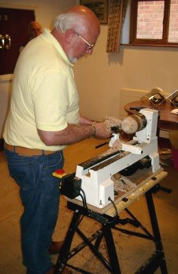 M330 Axminster Lathe being used by Ray Pigott